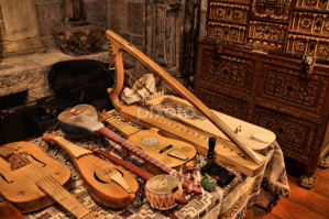 Medieval instruments2